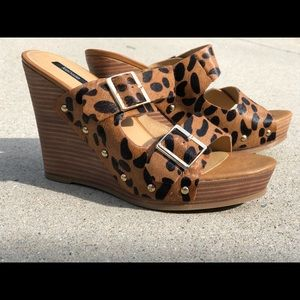Kenzie size 9 leather wedges
